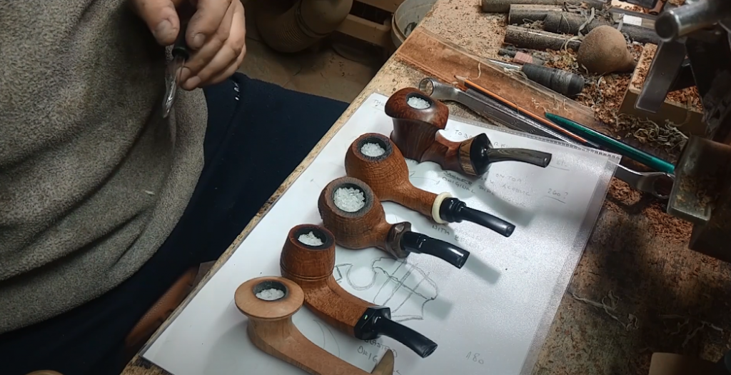 Cleaning Tobacco Pipe Using Salt